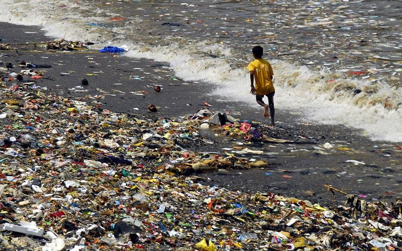 UN resolution on ocean plastic